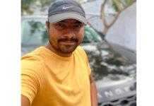 Warangal Srinivas Buys Nizam Rights Of 4 Big Films