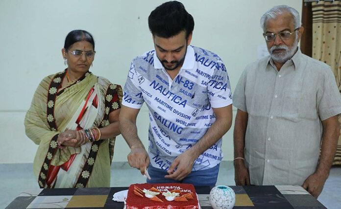 యంగ్ హీరో రూపేష్ కుమార్ చౌదరి